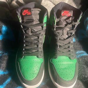 Air Jordan 1 pine green 2.0 size 12